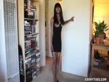 Black Lady Gives Her Boyfriend A Handjob
